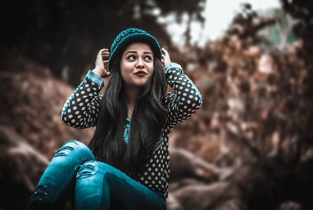 Stylish Attitude Girl Pic DP Photos HD Images Pictures Wallpaper