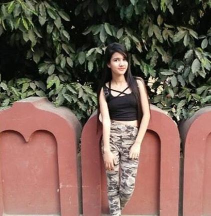 Ashima Saxena New HD Images