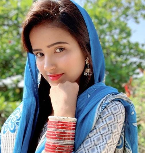 Ruhi Shaikh Images