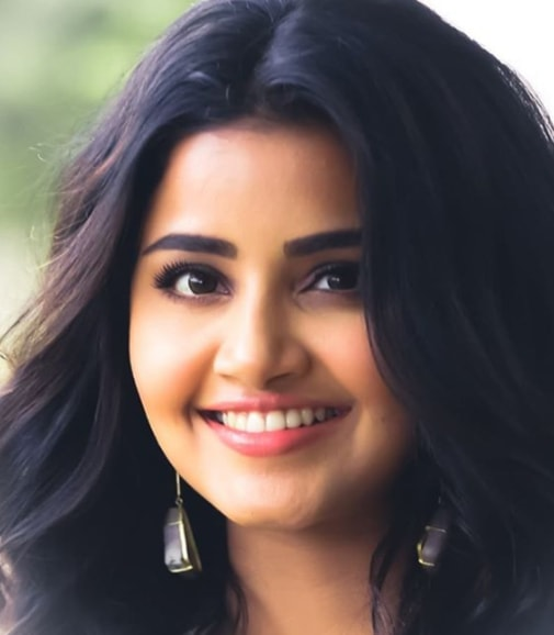 Anupama Parameswaran hd photo