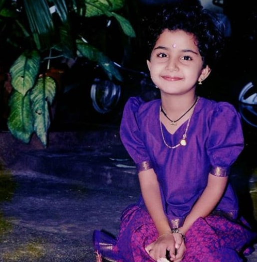 Anupama Parameswaran childhood image