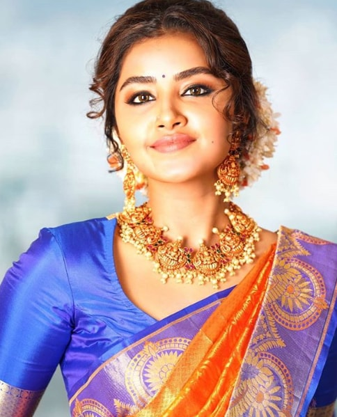Anupama Parameswaran hd photos