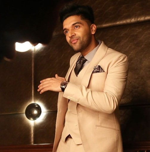 Guru Randhawa photos