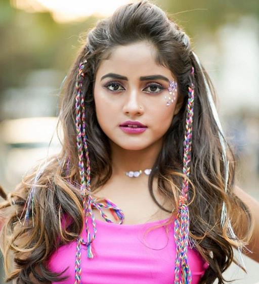 nisha guragain hd photos