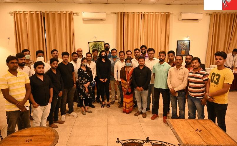 Plurals Team Arungabad